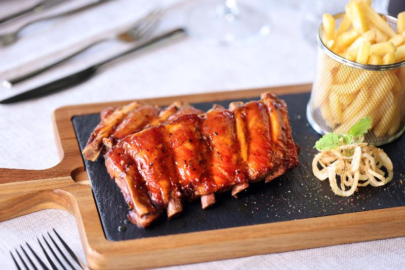 BBQ svinjska rebrica